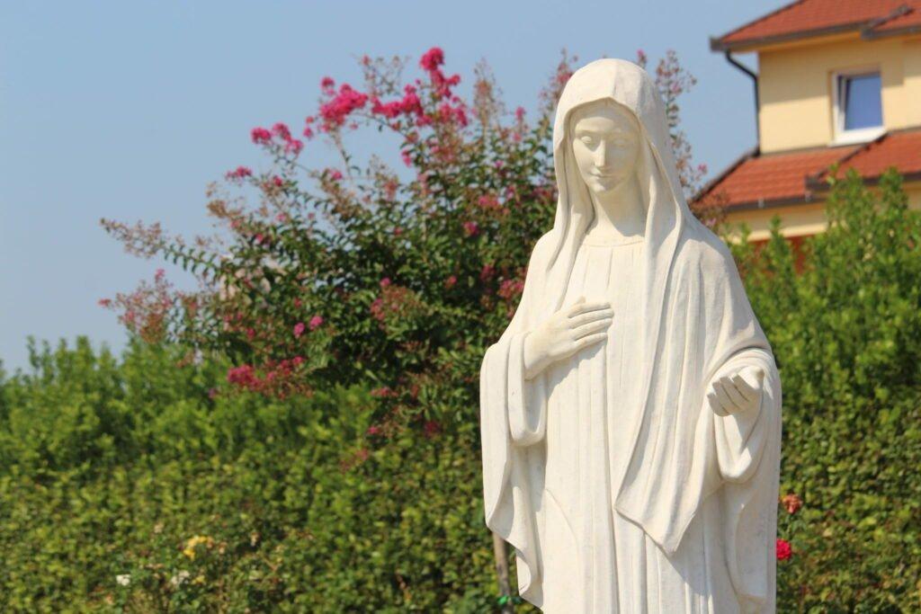 Mensaje de la Santísima Virgen María Reina de la paz del 25 de noviembre de 2018, Medjugorje.