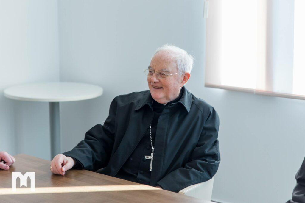 Hoser: ampliación del Santuario