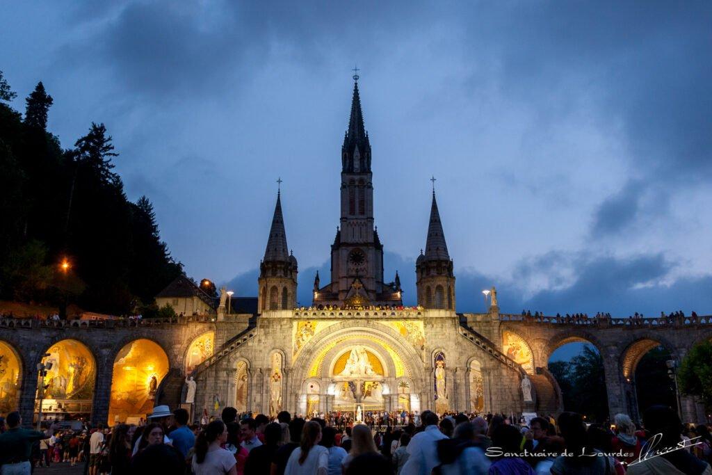 Como en Medjugorje, el Papa envía a Lourdes un delegado para el cuidado de los peregrinos