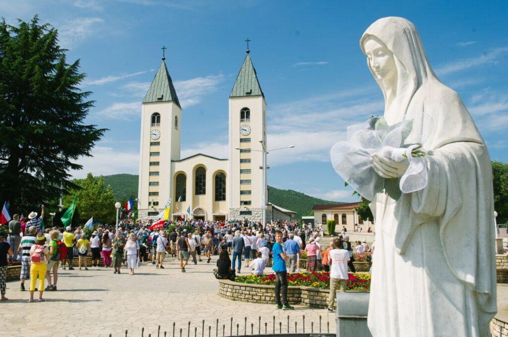 Mensaje de María Reina de la Paz del 25 de junio de 2019, 38º Aniversario. Medjugorje, Bosnia Herzegovina