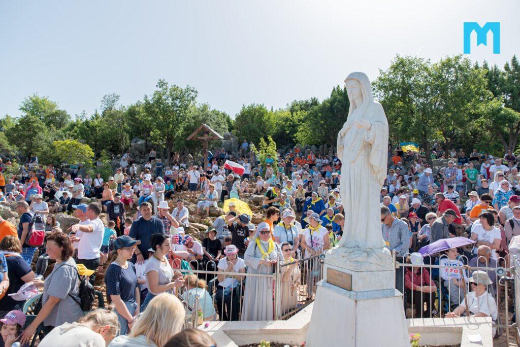 Aparición Anual de la Virgen a Ivanka; 25 de junio 2019