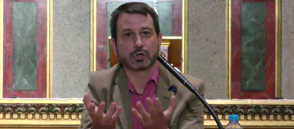 """""""Medjugorje no se conoce leyendo libros ni discutiendo sobre si es mentira o verdad; Medjugorje se conoce rezado de rodillas"""" – Jesús García"""